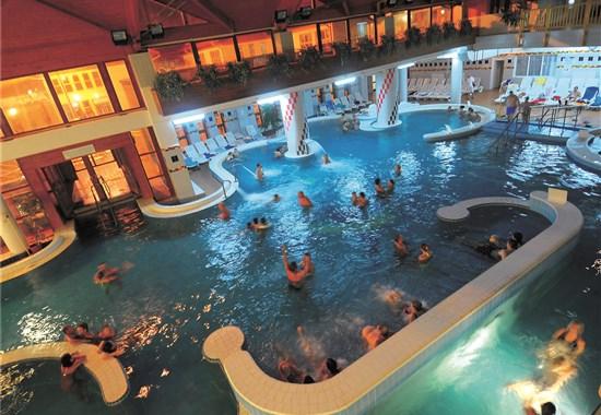 Zalakaros - Hotel PARK INN BUS -