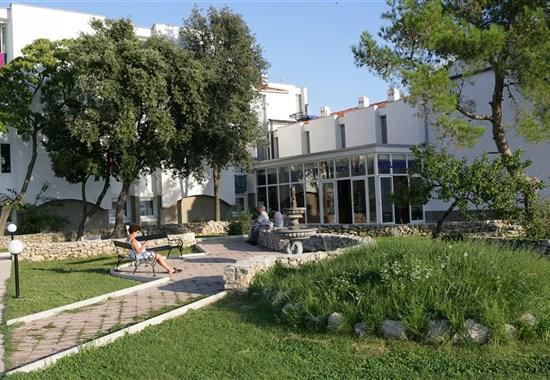 PUNAT - Hotel OMORIKA -