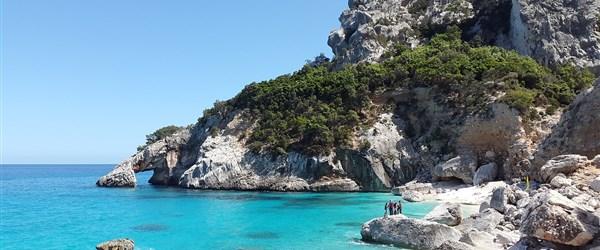 Pobyty se cvičením - Sardinie (Itálie)